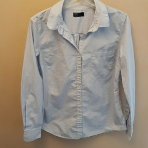 Womens Gap long sleeve button up shirt